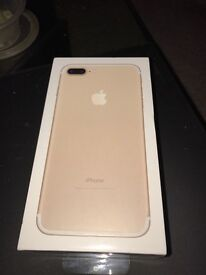 iPhone 7plus 32g gold, £600 open to accepting offers also