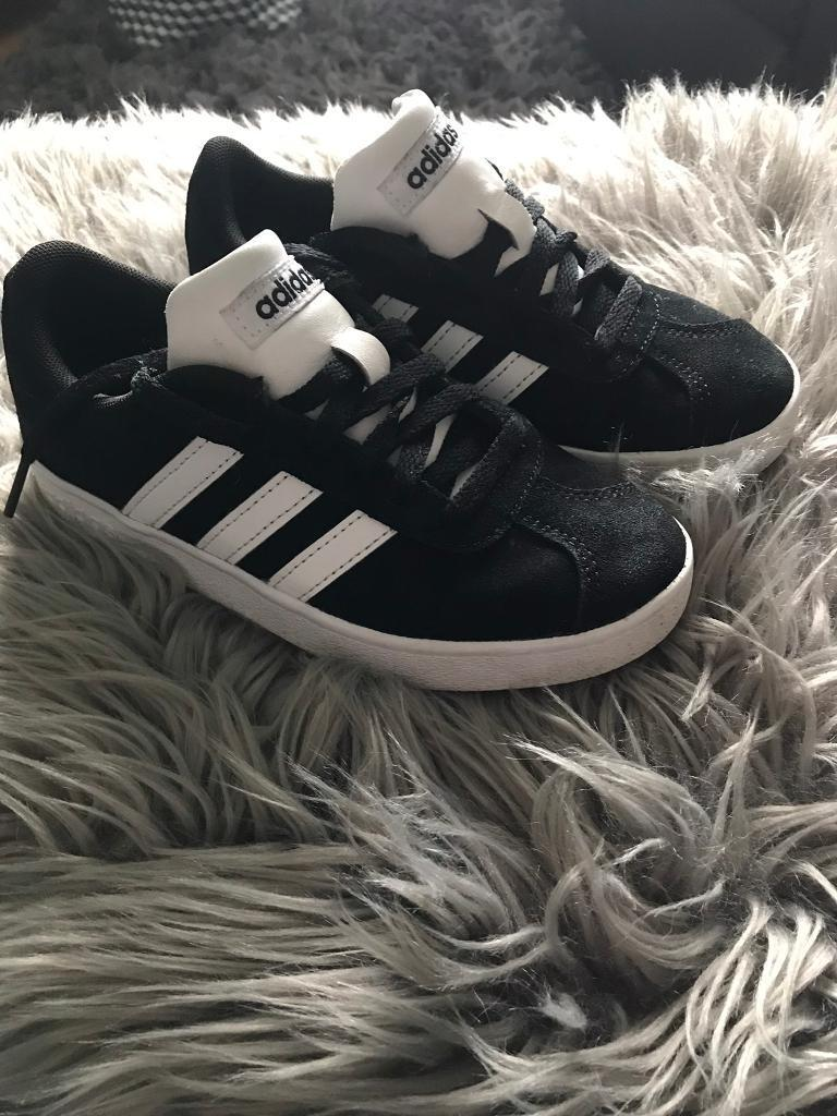 Boys size 12 Adidas original trainers  088aefbba
