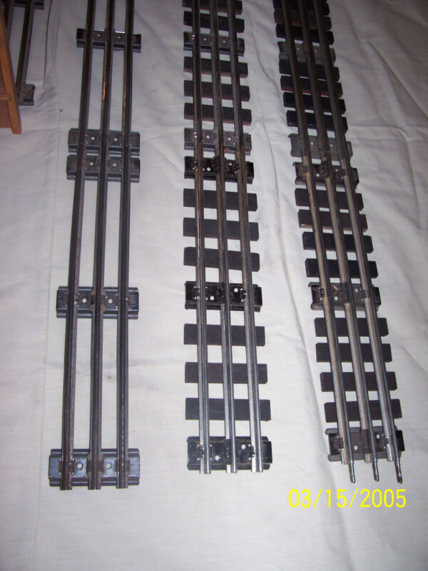 0 scale wooden railroad ties painted flat black for lionel  o gauge track 200pc