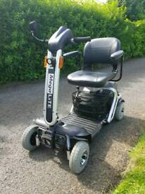 MEGALITE 6MPH TRANSPORTABLE MOBILITY SCOOTER - CAN DELIVER
