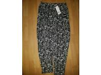 Womens size small or 10 clothes items