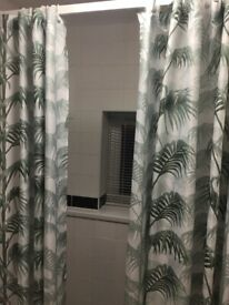 2 x H&M Leaf Print Shower Curtains 180 x 200 - £15 the Pair