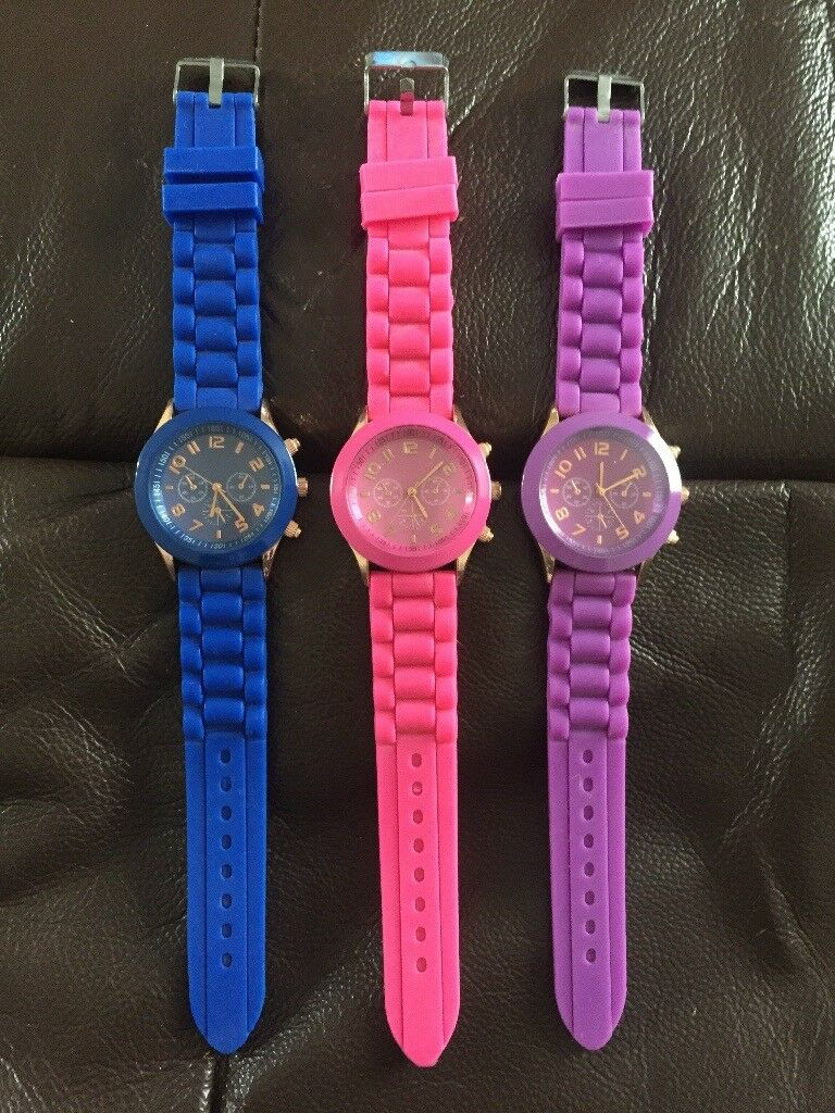 Unisex rubber/silicone strap watches £5 each