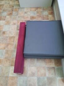 Low gymnastic balance beam and two gym soft mats