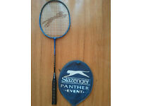 BADMINTON RACKET / RACKETS.