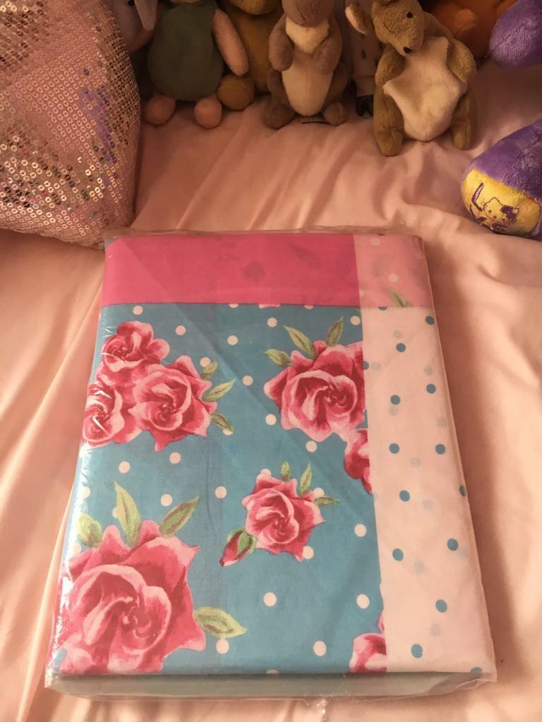 New Single Floral Bedding Cover