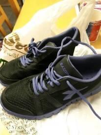 Diadora trainers shoes