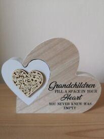 Grandchildren Sentiment plaque ~ New & Boxed.