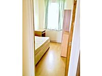 £105pw Single box room with double bed available 5min away From Tottenham Hale Station Zone3