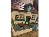 Vintage Gee Bee dolls house