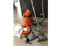 Vax wet & Dry vacuum cleaner