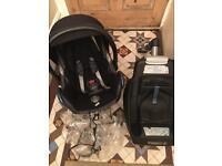Maxi-Cosi CabrioFix car seat & EasyFix Base