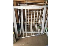 2 Liam safety gate for sale