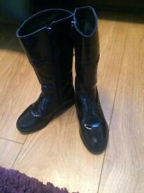 Girls black patent leather boots size 8 1/2 F from Clarks