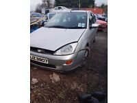 2001 FORD FOCUS 1.4 PETROL BREAKING FOR PARTS