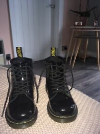 Kids doc martens
