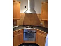 oven,hob and extractor very clean and fully working £80