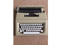 1980s Vintage Olivetti Typewriter