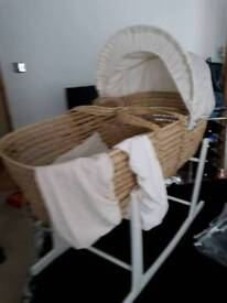 MOSES BASKET WITH MATTRESS, 2 X BEIGE SHEETS, QUILT & MOSES STAND