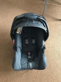 Graco car seat. Newborn to 13 kilos