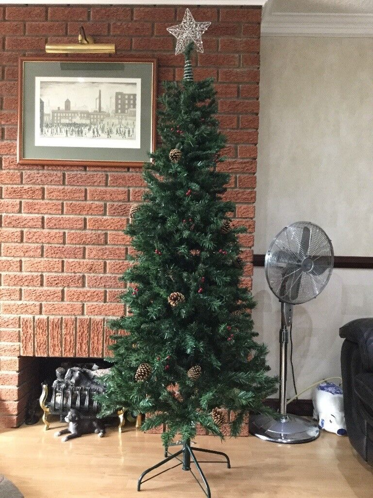 CHRISTMAS TREE ARGOS 6ft GREEN HINGED WITH METAL STAND