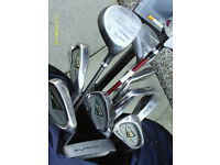 MENS RIGHT HAND GOLF CLUBS WITH BAG AND TROLLEY