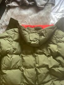 Lacoste live large green padded jacket like new Airdrie £40