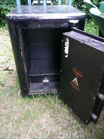 Chatwood Safe Co Ltd - Banker Engineers Shrewsbury - Bargain for repair & refurbishment £30