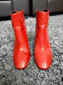 ZARA | RED HIGH HEELS ANKLE BOOTS
