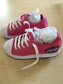 Heelys Fresh x2. Size 3
