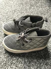 Next shoes size 5 infant