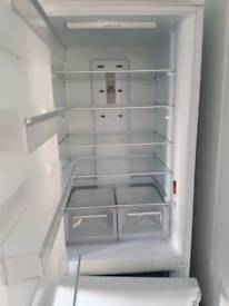Used infesit fridge freezer FFFL2000