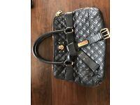 Marc Jacobs Black Leather Handbag - Mint Condition