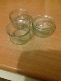 Quantity of clear glass Ramekins