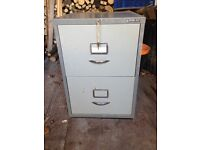 Filing Cabinet, 2 drawer with key