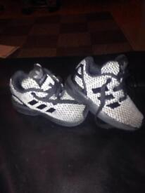 Adidas torsion, toddlers size 4 £5