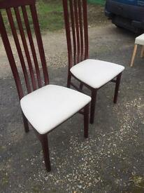 2 beautiful good quality dinning chairs