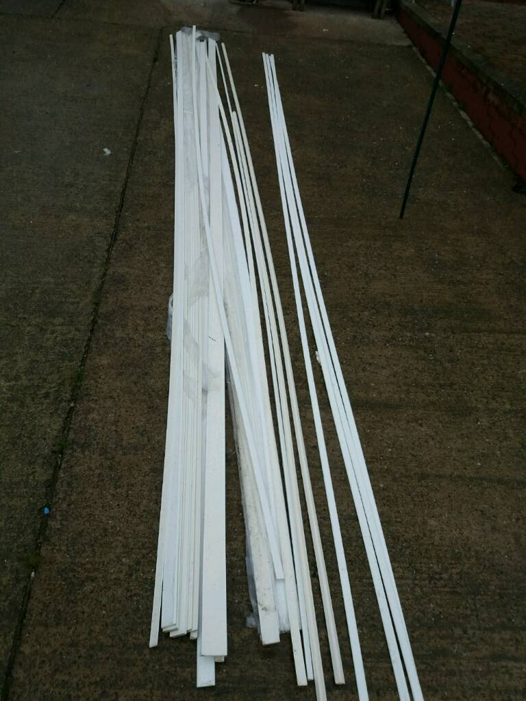 Mix Of White 5 Metres Pvc Window And Door Architrave And