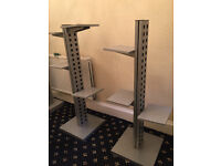 2 X HEAVY DUTY RETAIL SHELVE STANDS JOB LOT USED BUT IN GOOD CONDITION display gondola