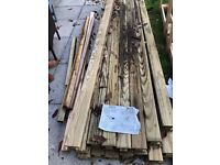 Pack of Jacksons 15 Nr 2.70m Long Slotted Inter Posts