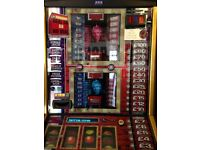 DEAL OR NO DEAL GAMING MACHINE!!