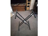 Keyboard stand - barely used without scratches or wobble