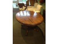 Superb Victorian Antique Mahogany Oval Tilt Top Dining Table on Central Pedestal & 4 Cabriole Legs