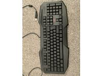 Like new Avonn led gaming keyboard for pc/PS4/Xbox