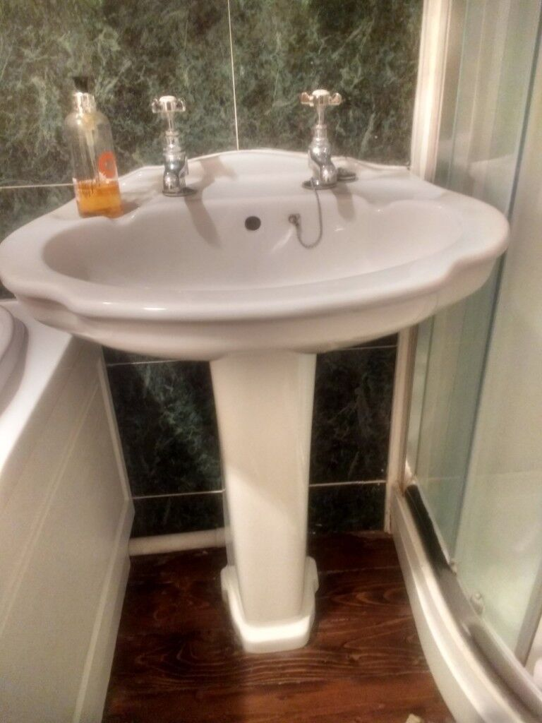 White Pedestal Sink With Vintage Style Chrome Taps In Leamington Spa Warwickshire Gumtree