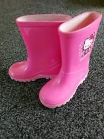 Girls Hello Kitty wellies size C7 (25)