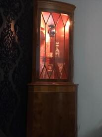 Stunning Antique Display Cabinet Unit with lighting £60 ONO