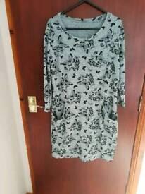 Butterfly print dress size 10