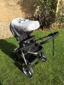 Stylish black & silver Pram incl. carry cot