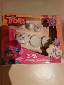 Trolls Tea cup Set